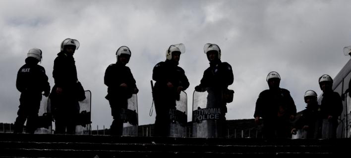 Ενισχύουν τα ΜΑΤ -Διαταγή για απόσπαση 100 αστυνομικών