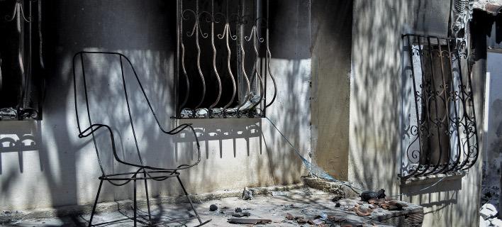 Συγγενείς των θυμάτων της φονικής πυρκαγιάς στη δικαιοσύνη (Φωτογραφία:Eurokinissi/ΛΥΔΙΑ ΣΙΩΡΗ)