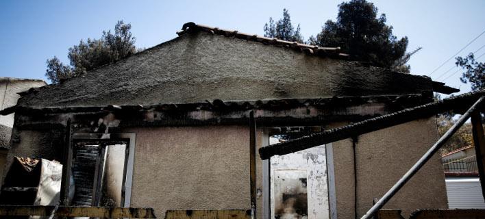 καμένα σπίτια στο Μάτι/Φωτογραφία: Eurokinissi/ΣΤΕΛΙΟΣ ΜΙΣΙΝΑΣ