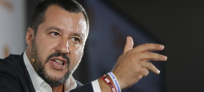 Ο αντιπρόεδρος της ιταλικής κυβέρνησης και υπουργός Εσωτερικών, Ματέο Σαλβίνι (Φωτογραφία: AP/Luca Bruno)