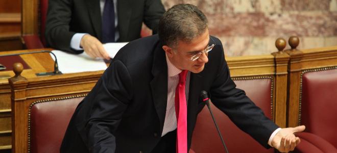 Αίτημα Μαυραγάνη στην ΕΕ να άρει το τραπεζικό απόρρητο για Ελληνες φορολογούμενους