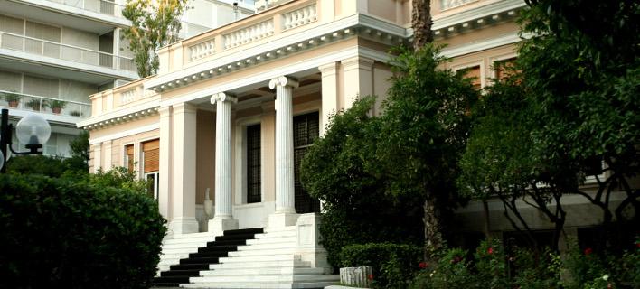 Κυβερνητικός αξιωματούχος: Ο κ. Κουμουτσάκος να διαβάζει πιο προσεκτικά όσα έχει πει ο πρωθυπουργός