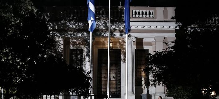 Τρέχουν μετά τα τελεσίγραφα: Η Αθήνα στέλνει αντιπρόταση με ισοδύναμα