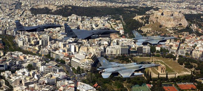 Μαχητικά αεροσκάφη θα πετάξουν πάνω από την Ακρόπολη, τον πορθμό Ευρίπου και τη γέφυρα Ρίου-Αντιρρίου την Τρίτη