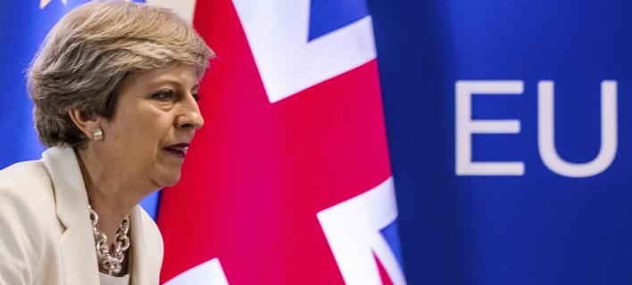 Για πρώτη φορά πηγές από το Λονδίνο αναφέρονται σε ποσό για το Brexit (Φωτογραφία: AP/ Geert Vanden Wijngaert)