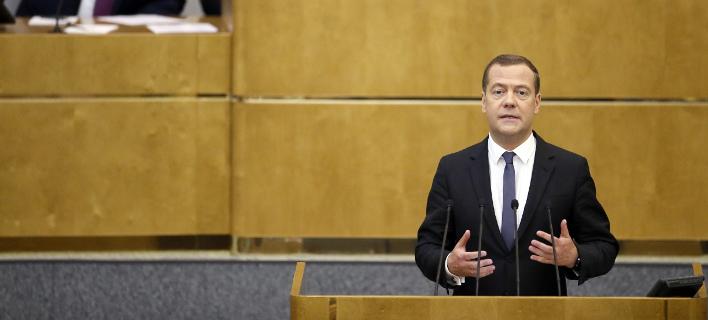 Ρωσία: Η Δούμα ενέκρινε τη νέα θητεία του Μεντβέντεφ στη θέση του πρωθυπουργού   Πηγή: Ρωσία: Η Δούμα ενέκρινε τη νέα θητεία του Μεντβέντεφ στη θέση του πρωθυπουργού | iefimerida.gr