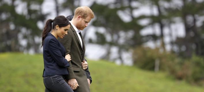 Η Μέγκαν Μαρκλ και ο πρίγκιπας Χάρι στην Νέα Ζηλανδία /Φωτογραφία: AP/Kirsty Wigglesworth