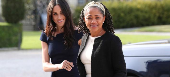 Η Μέγκαν Μαρκλ με την μητέρα της, Ντόρια. Φωτογραφία: AP