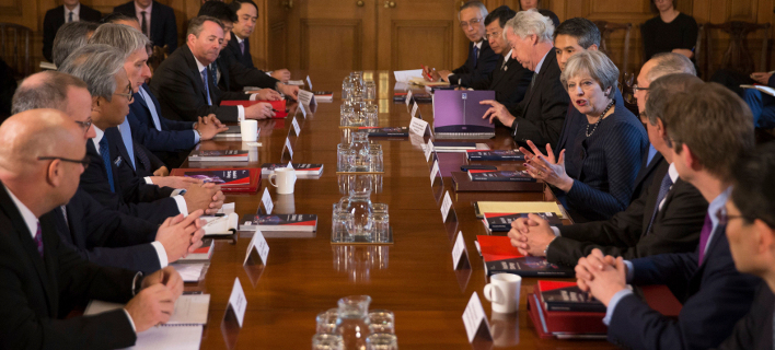 Συνάντηση της Τερέζας Μέι με Ιάπωνες επιχειρηματίες (Φωτογραφία: Daniel Leal-Olivas/ Pool via AP)