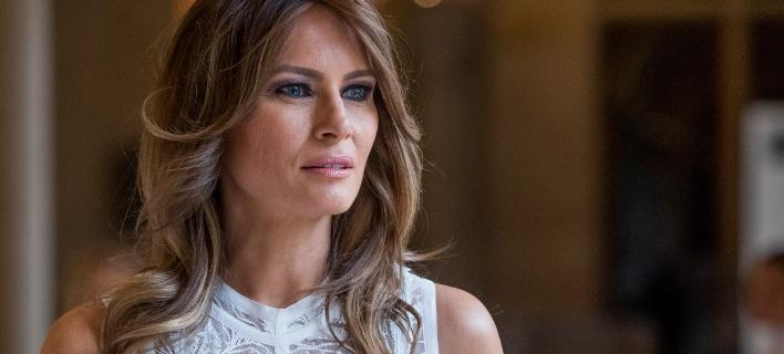 Το πρώτο της ταξίδι χωρίς τον σύζυγό της θα κάνει η Μελάνια Τραμπ. Φωτογραφία: AP