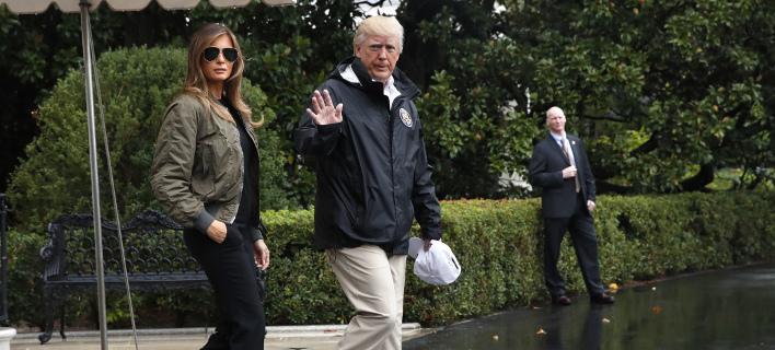 Ο Τραμπ απάντησε σε όσους επιτέθηκαν στη σύζυγό του για τις γόβες της (Φωτογραφία: AP/ Jacquelyn Martin)