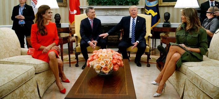 Η Μελάνια Τραμπ εντυπωσίασε με το στρατιωτικό λουκ των 5.000 δολαρίων