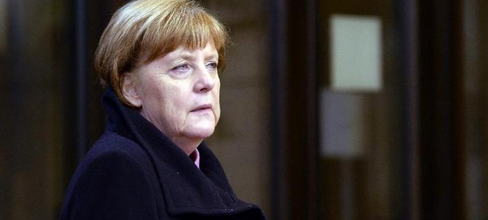 Μέρκελ: Δεν μπορεί η Ευρώπη να αφήσει την Ελλάδα να πέσει στο χάος