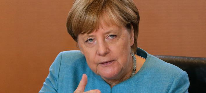 Η Μέρκελ στηρίζει Ελλάδα και Ιταλία για το προσφυγικό/ Φωτογραφία: Ferdinand Ostrop/AP