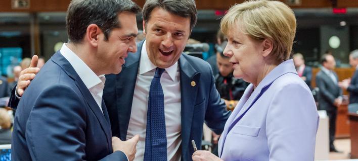 Η Ανγκελα Μέρκελ με τον Αλέξη Τσίπρα & τον Ματέο Ρέντσι(Φωτογραφία: AP Photo/Geert Vanden Wijngaert)