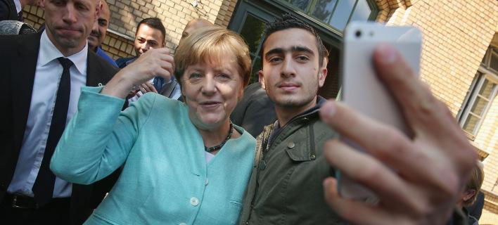 Εβγαλε η Μέρκελ selfie με τον καμικάζι των Βρυξελλών; [εικόνα]