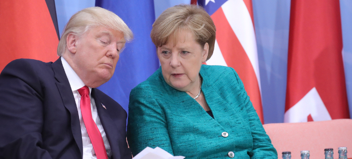 Ντόναλντ Τραμπ & Ανγκελα Μέρκελ (Φωτογραφία: Michael Kappeler/Pool Photo via AP)