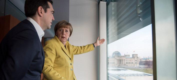Γιατί δε συμφέρει τη Μέρκελ ένα Grexit και η στρατηγική Βαρουφάκη με «φλυαρίες»