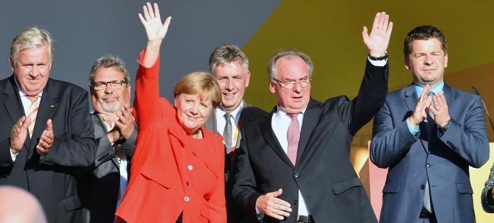 dpa/H.Schmidt - DW/K-A. Scholz