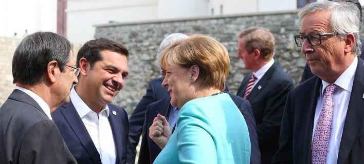 Σύνοδος Μπρατισλάβας: Συμφώνησαν ότι... διαφωνούν οι «27» -Τσίπρας: Υπάρχουν διαφορές, αλλά κάτι αλλάζει [εικόνες&βίντεο]