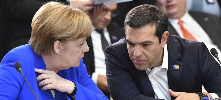 Ανγκελα Μέρκελ και Αλέξης Τσίπρας στις Βρυξέλλες /Φωτογραφία: AP