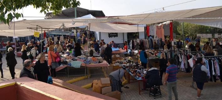 Μεσσηνία: Εφοδος του ΣΔΟΕ σε λαϊκή αγορά -3 συλλήψεις [εικόνες & βίντεο]