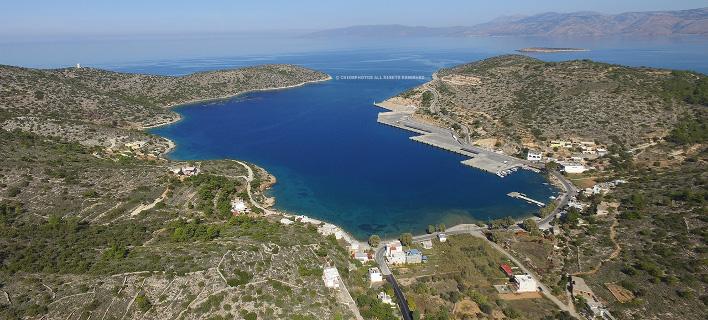 Το λιμάνι των Μεστών στη νοτιοδυτική Χίο