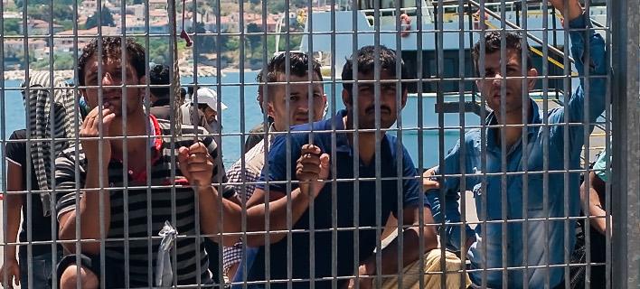 «Οχι» στη μετεγκατάσταση προσφύγων στην Κρήτη λένε οι Ενώσεις Ξενοδόχων του νησιου