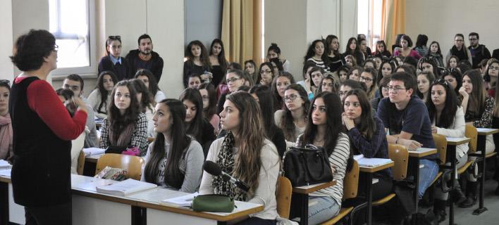 Στον αέρα χιλιάδες φοιτητές -Χάνουν το εξάμηνο όσοι πήραν μετεγγραφή