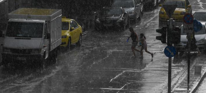 Εκκενώθηκαν οι σταθμοί μετρό Νομισματοκοπείο και Πανόρμου εξαιτίας της καταιγίδας (Φωτογραφία: IntimeNews/ΒΑΡΑΚΛΑΣ ΜΙΧΑΛΗΣ)