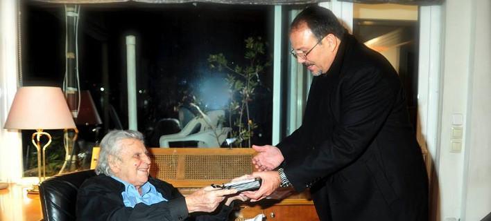 Τι είπε ο Μίκης Θεοδωράκης για τον Φιντέλ και τον Ραούλ Κάστρο [εικόνες]