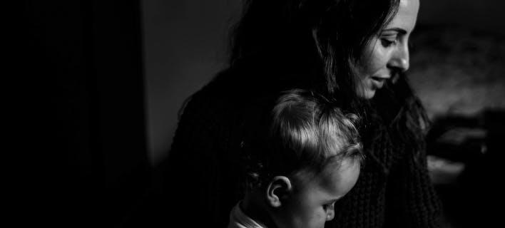 Η κατάθλιψη της μητέρας επηρεάζει το IQ του παιδιού/Φωτογραφία: pexels