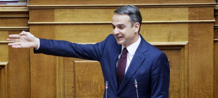 Ο Κυριάκος Μητσοτάκης στην Βουλή για την αναθεώρηση του Συντάγματος -Φωτογραφία: EUROKINISSI/ ΓΙΑΝΝΗΣ ΠΑΝΑΓΟΠΟΥΛΟΣ