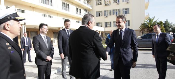 Ο Μητσοτάκης στο υπουργείο Αμυνας -Συνάντηση με τον Καμμένο [εικόνες]