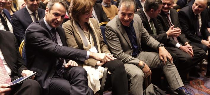 Κυριάκος Μητσοτάκης, Σταύρος Θεοδωράκης στο συνέδριο της Δράσης