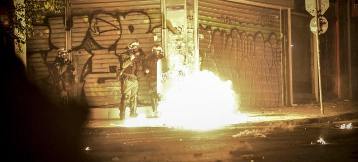 Νέες επιθέσεις με μολότοφ στα Εξάρχεια (Φωτογραφία αρχείου: EUROKINISSI/ΤΑΤΙΑΝΑ ΜΠΟΛΑΡΗ)