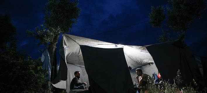 Στιγμιότυπα από το Κέντρο Φιλοξενίας Προσφύγων της Μόριας, στη Λέσβο/Φωτογραφία: Sooc
