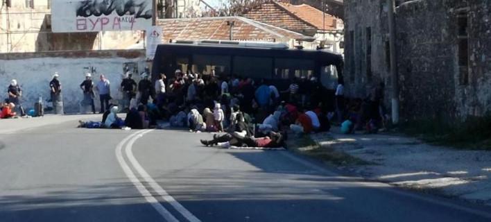 Μυτιλήνη: Συνεχίζουν τις κινητοποιήσεις οι πρόσφυγες της Μόριας -Πορεία στο κέντρο της πόλης
