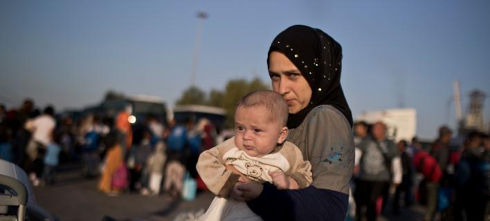 Αγώνα επιβίωσης δίνουν οι γυναίκες στη Μόρια/Φωτογραφία: AP