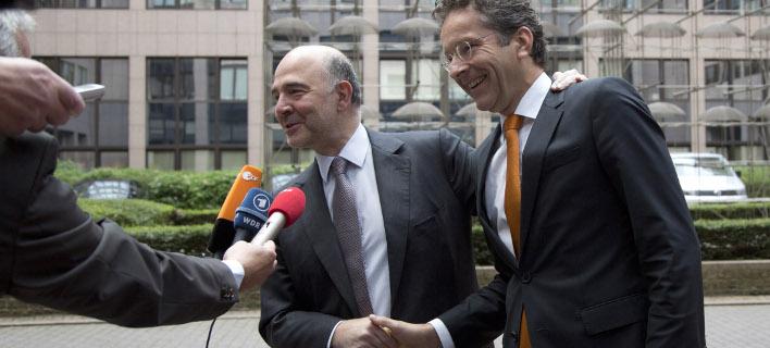 Ο Πιερ Μοσκοβισί και ο Γερούν Ντάισελμπλουμ (Φωτογραφία: AP/ Virginia Mayo)