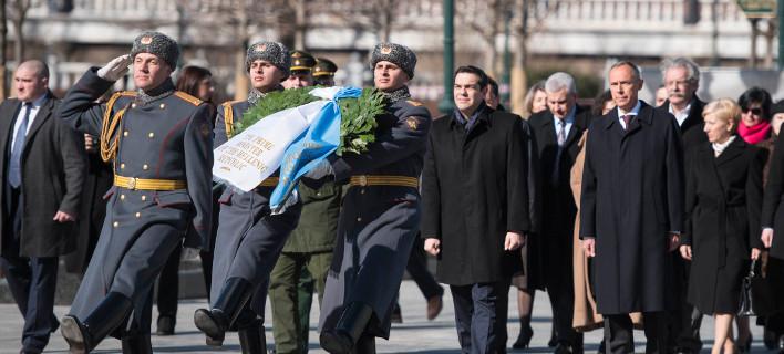 Κυβέρνηση: Η Ελλάδα δεν έχει ζητήσει οικονομική βοήθεια από τη Ρωσία