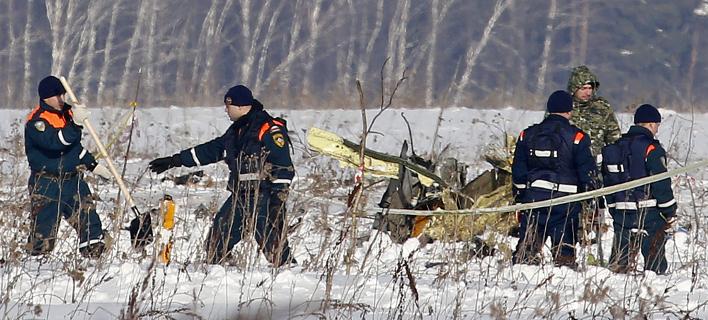 Τα πρώτα συμπεράσματα από το μαύρο κουτί του μοιραίου αεροσκάφους (Φωτογραφία: AP/ Alexander Zemlianichenko)