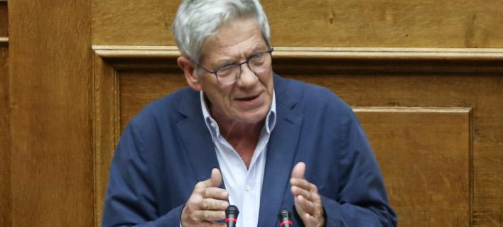 Μπέρδεψε τα λόγια του ο Μάκης Μπαλαούρας στη Βουλή /Φωτογραφία: Intime News-ΤΖΑΜΑΡΟΣ ΠΑΝΑΓΙΩΤΗΣ