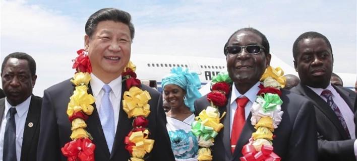 Ζιμπάμπουε: Η Κίνα επέτρεψε στον Μουγκάμπε να έχει εξουσία τόσα χρόνια [εικόνες]