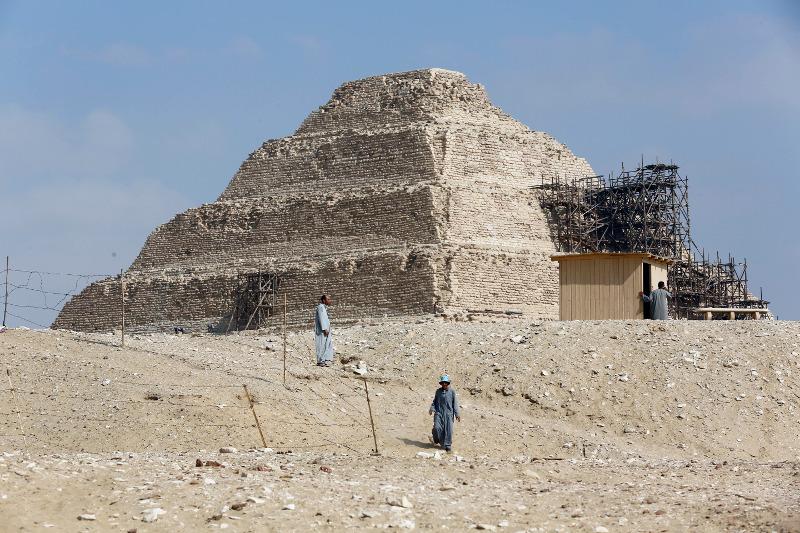 Η Πυραμίδα Unas στη Σακάρα της Γκίζας στο Κάιρο