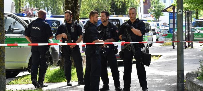 Η αστυνομία απέκλεισε την περιοχή (Φωτογραφία αρχείου: AP/ Sven Hoppe)
