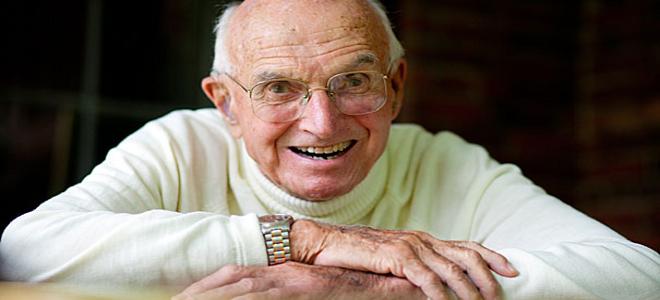 Πέθανε ο πρωτοπόρος των μεταμοσχεύσεων Τζοζεφ Μάρεϊ σε ηλικία 93 ετών