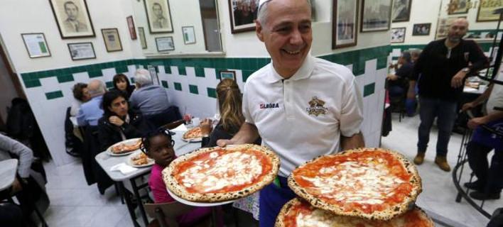 Η UNESCO κατέταξε την πίτσα Ναπολιτάνα στην άυλη κληρονομιά της ανθρωπότητας