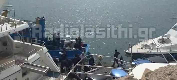 Προφυλακιστέο το πλήρωμα του αλιευτικού που μετέφερε πάνω από 1 τόνο κάνναβης