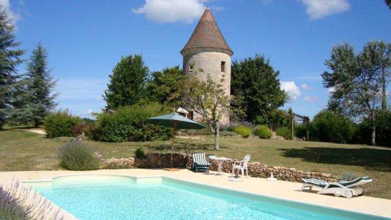 Πολυτελές σπίτι για γυμνιστές στην Βαλένθια (με 150 ευρώ την βραδιά)